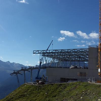 Bergstation im Bau